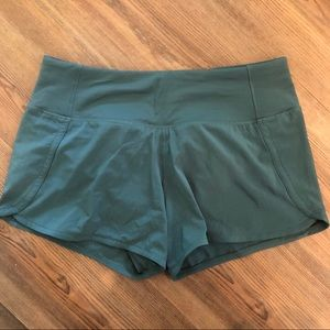 Lulu Lemon Women's Run Time II Shorts, Sz 4